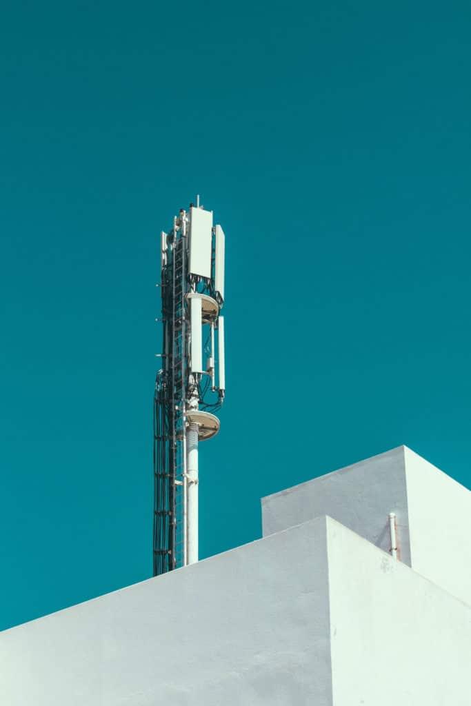 Connectivity tower providing 4G mobile broadband